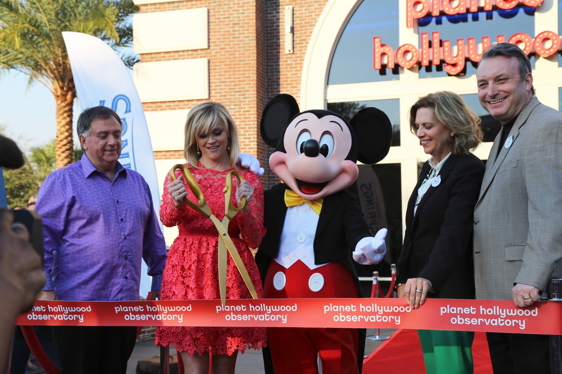 planet hollywood opening
